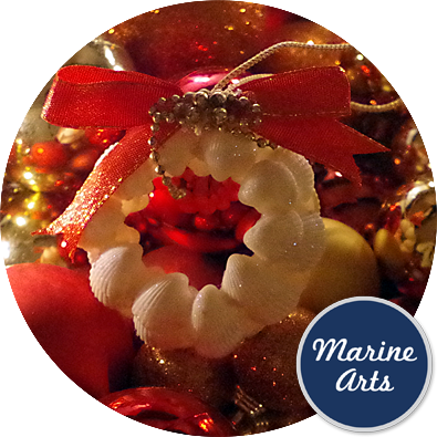 8446 - Festive Decor - Clam Rose Mini Wreath